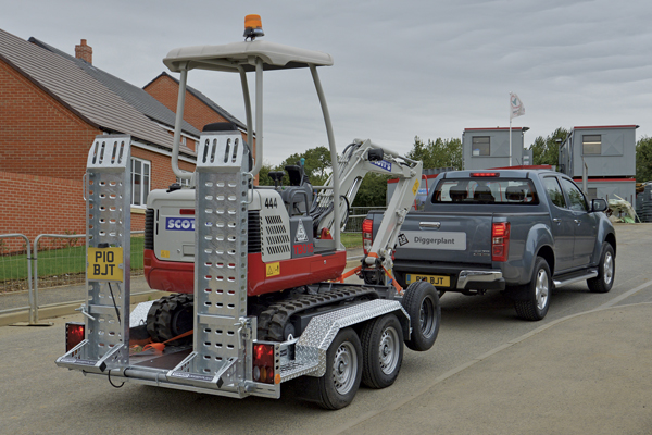 CarGO Diggerplant - Low chassis design ensures safe and stable towing.